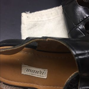 Mauri Shoes - Vintage Mauri genuine Gator sandals